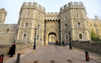 To dine at Windsor Castle